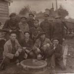 Сергей Василисин среди рабочих кирпичного завода