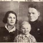 С.Д.Василисин с женой и дочерью